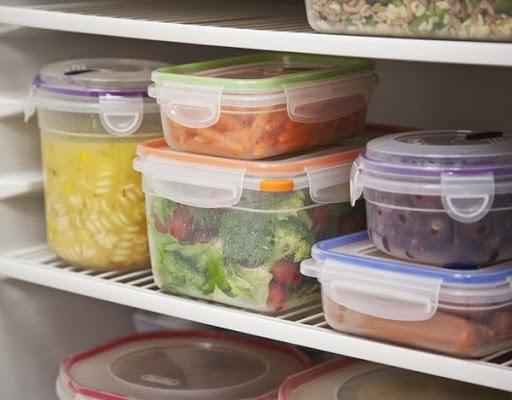 vì sao nên đun sôi lại thức ăn còn dư trước khi lưu giữ trong tủ lạnh