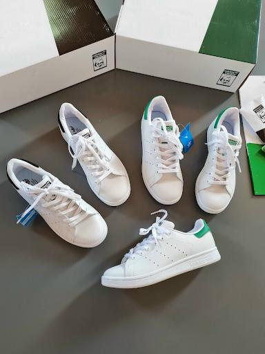Mua giày sneaker nơi uy tín giúp bạn tự tin thể hiện phong cách của riêng mình